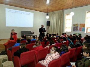 Çocuk Kitabı Yazarı Hasan Karahisar, Öğrencilerle Buluştu