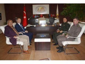 Vali Ceylan Uçhisar Belediyesini Ziyaret Etti