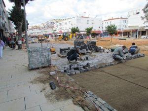 Çeşme Yeni Meydanına Kavuşuyor