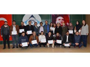 Eğitimlerini tamamlayan 60 kursiyere sertifikaları verildi