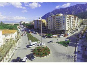 Manisa Büyükşehir Bahara 'Merhaba' Dedi
