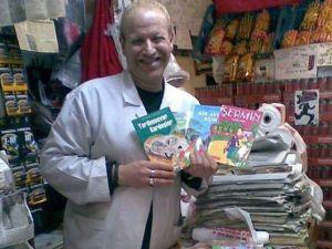 Gölcüklü Esnaf Çocuklara 5 Bin Kitap Dağıttı