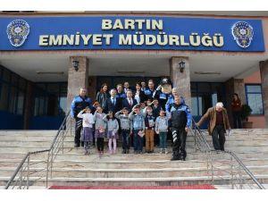İlkokul Öğrencileri Emniyet Müdürünü Ziyaret Etti