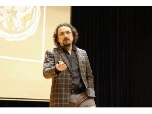 """SAÜ'de """"Modern Dünyada Beyin Gelişimi"""" Konferansı Verildi"""