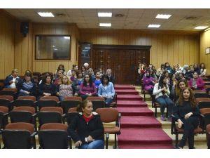 Akdeniz Belediyesi'nden Kadınlara Film Gösterimi