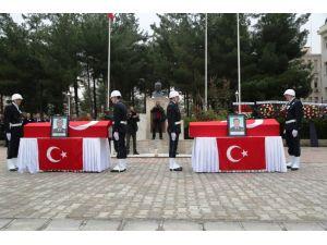 Şehit polisler için Mardin'de tören düzenlendi