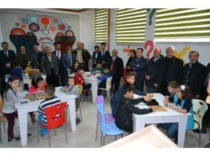 Kulu Merkez İlkokuluna Akıl Ve Zeka Oyunları Sınıfı