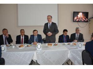 Yozgat'ta Aday Öğretmenler Kahvaltıda Bir Araya Geldi