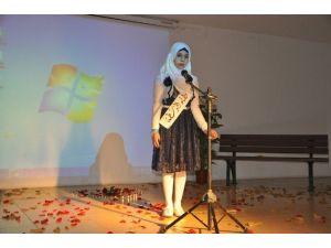 Türk Ve Suriyeli Öğrencilerden Kültürler Arası Şiir Dinletisi