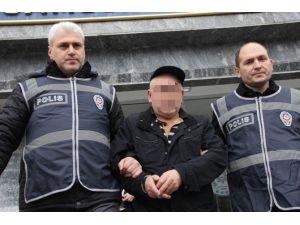 Halk Otobüsünde Elle Tacize 2.5 Yıl Hapis