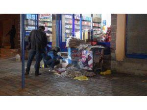 Markete Eyp Atıldı: 1 Yaralı