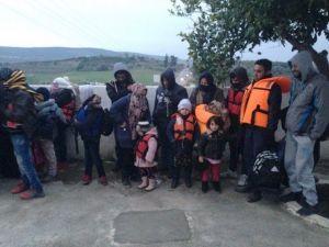 Botları Arızalanan Mültecileri Jandarma Kurtardı
