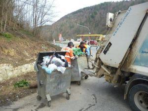 Akçakoca Belediyesi Şifalı Su Mevkinde Temizlik Çalışması Yaptı