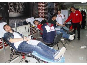Uğur Temel Lisesi'nden Kan Bağışına Destek
