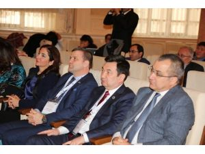 Kazak Milli Önderi Alihan Bökeyhan Gazi Üniversitesi'nde Anıldı