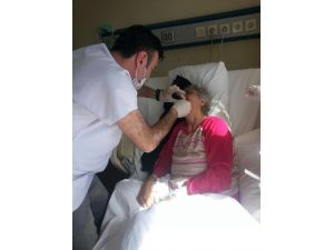 İzmir Diş Hastanesinden Kanser Hastasına Odasında Tedavi