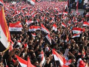 Irak'ta Sadr'dan 'gösterilere devam' çağrısı
