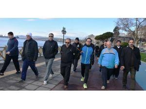 Başkan Albayrak Gazetecilerle Yürüdü