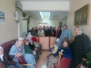 Hanönü Bayan Kur'an Kursu Öğrencileri Huzurevini Ziyaret Etti