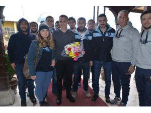 Adana Demirspor'u Karabük'te Taraftarlar Karşıladı