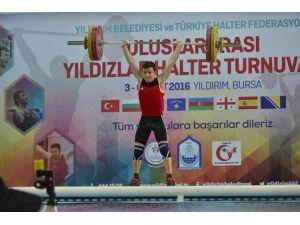 Asrın Sporcuları, Başkan Edebali İle Birlikte Halter Kaldırdı