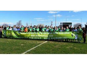 Tekirdağ'da Protokol Üyeleri, Kadın Futbol Takımıyla Maç Yaptı