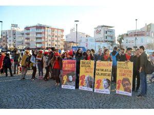 Çanakkale'de Kadınlar, Öldürülen Ve Şiddet Gören Kadınlar İçin Yürüdü