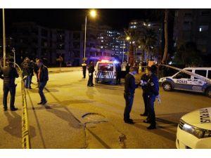 Polis Aracıyla Motosiklet Çarpıştı: 1 Ölü, 2 Yaralı
