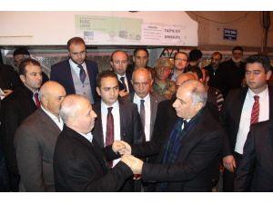 İçişleri Bakanı Efkan Ala, Şehit Özel Harekat Polisi Eren Yüca'nın Babaevine Taziye Ziyaretinde Bulundu
