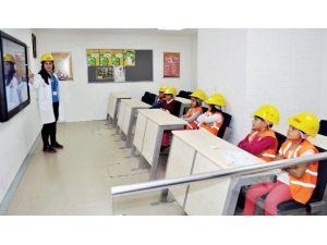 Minopolis'te Çocuklar Depreme Hazır