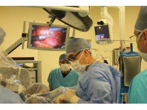 Kadın Doğum Uzmanlarına Robotik Cerrahi Kursu