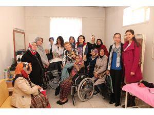 Nilüferli AK Kadınlar'dan 8 Mart Sürprizi