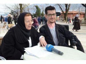 """Doktorların """"Yaşamaz"""" Dediği Kas Hastası Ahmet 4 Kitap Çıkardı"""
