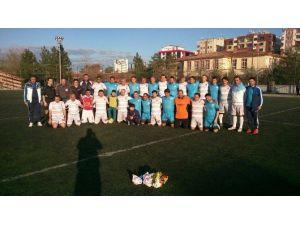 Diyarbakır'da Masterler Futbol Turnuvası Başladı