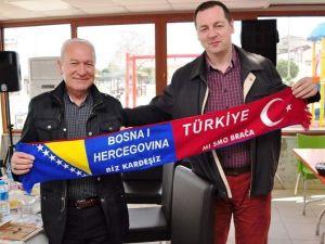 Türk Boşnak Köprüleri Derneği Lapsekiyi Ziyaret Etti