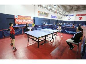 Sultangazi'de Spor Turnuvası Başladı