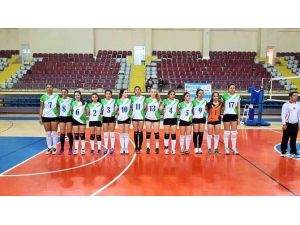 Büyükşehir'in Kadın Voleybol Takımı 3. Lig'e Yükseldi
