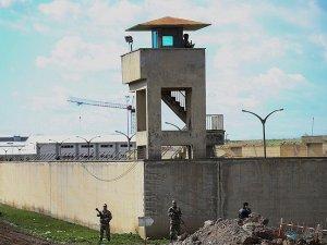 Diyarbakır'da 6 mahkumun firarıyla ilgili 2 müfettiş görevlendirildi