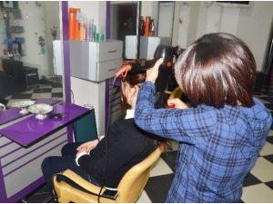 Trabzon'da 100 Dar Gelirli Kadın İş Yeri Açarak Vergi Mükellefi Oldu
