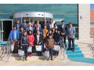Irak, Suriye Ve Afganlı Öğrenciler Ahi Evran Üniversitesi'ni Ziyaret Etti