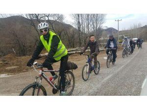 Gümüşhane'de Pedallar Yeşilay Haftası İçin Çevrildi
