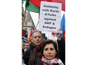 Cizre ve Sur'da devam eden operasyonlar Londra'da protesto edildi