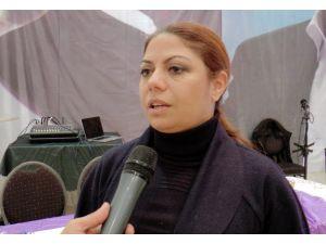 CHP Genel Başkan Yardımcısı Zeynep Altıok'dan Zaman'a yapılan baskına tepki