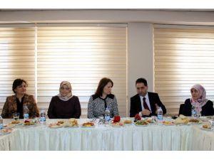 """Erzurum Halk Sağlığı Müdürlüğü'nde """"8 Mart Dünya Kadınlar Günü"""" Toplantısı"""