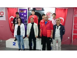 Bozüyüklü Dart Sporcusu Milli Takımda