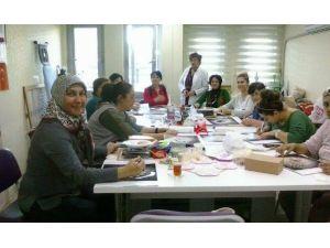 Sosyal Dayanışma Merkezi Kurslarına Yoğun İlgi