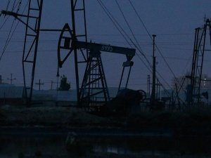 Petrol fiyatı 40 doların üzerinde dengelendi