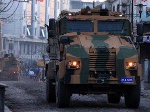 Sur'da tahliye edilen 9 kişi tutuklandı