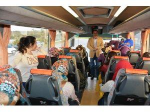 Ayvalık Belediyesi'nin Kadınlara Yönelik Çanakkale Gezileri Başladı