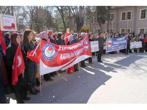 'Kadına şiddete ve iş yerinde mobinge hayır' demek için yürüdüler